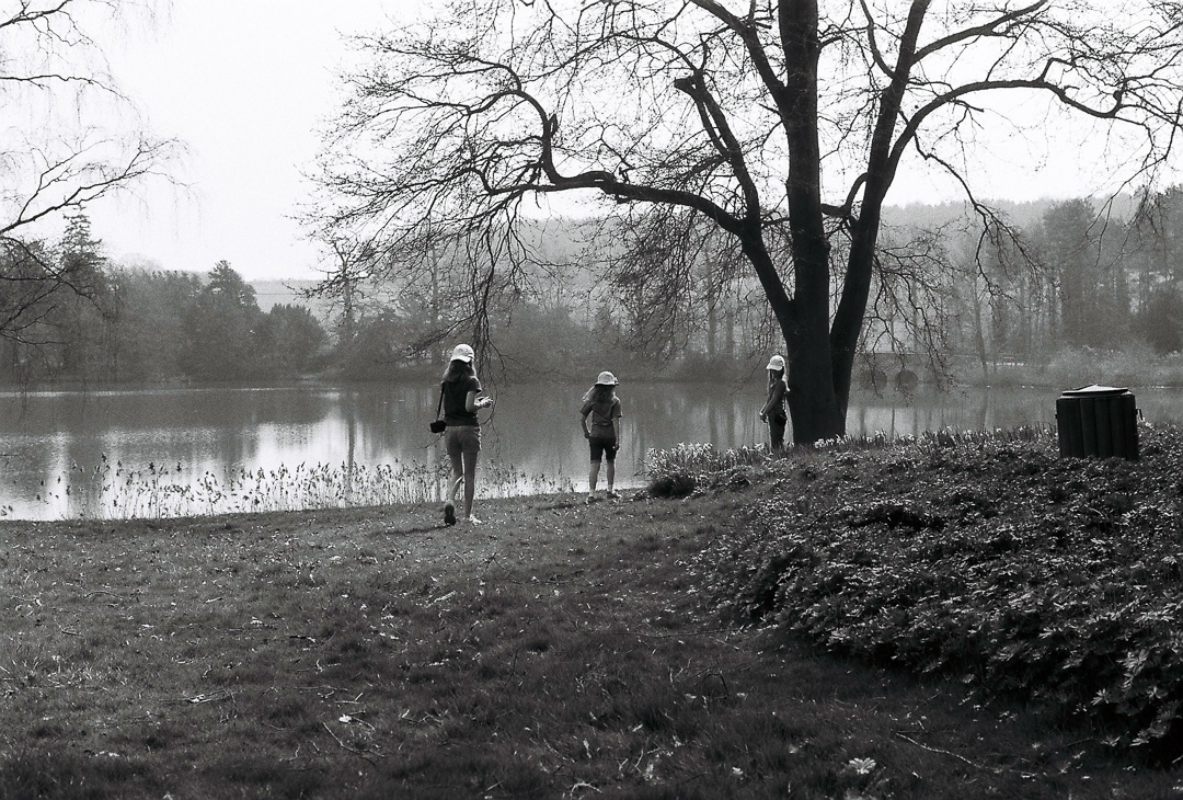 Children by the lake at Compton Verney